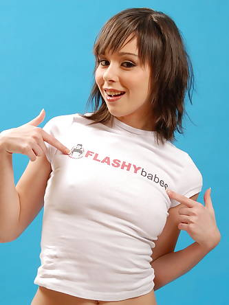 Porn Pictures, Flashy Babes
