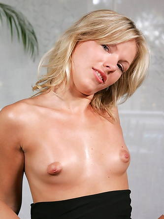 Sex Images, Infocus Girls